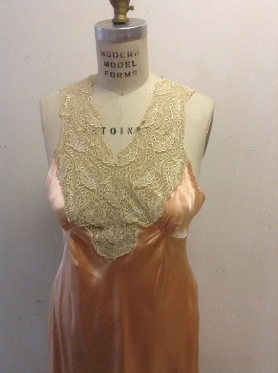 Silk charmeuse peaches and cream vintage nightgown - image 2
