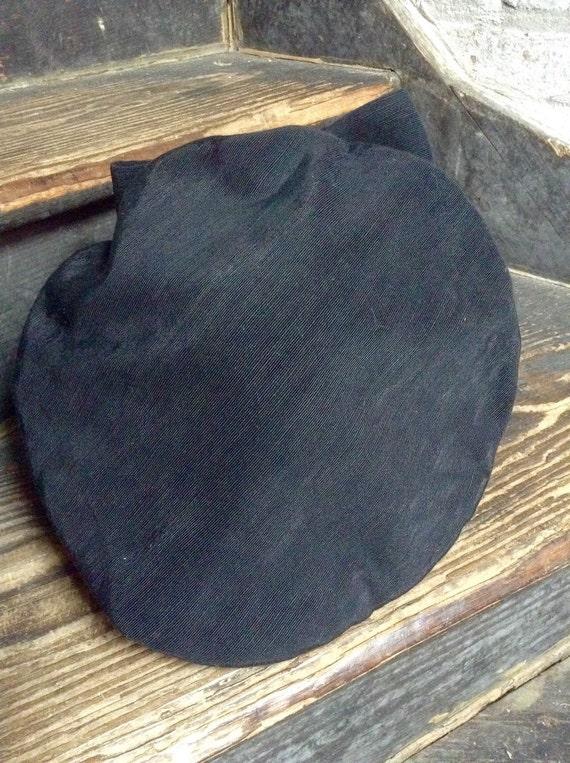 Black rayon faille beret vintage - image 2