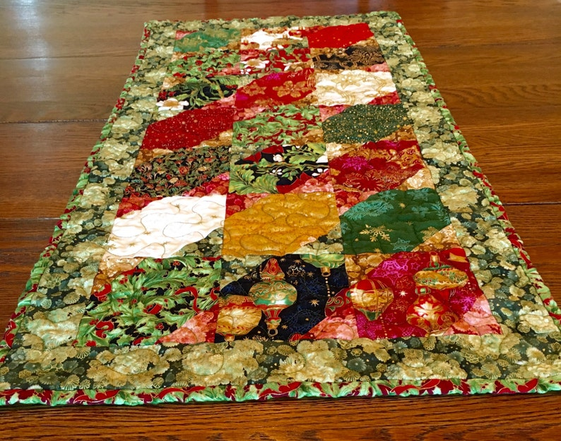 Christmas Table Runner Quilted.Ready To Ship Christmas Table Runner Quilted Christmas Gold Red Green Black Holiday Flourish Christmas Table Holiday Table Decor