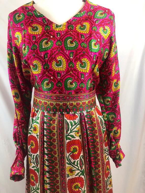 Vintage 1960's Paisley Psychedelic Hippie Dress