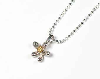 Daisy Necklace, Silver Citrine Necklace, Spring Flower Necklace, Silver Daisy Charm Necklace, Daisy Chain, Flower Jewellery, Silver Necklace
