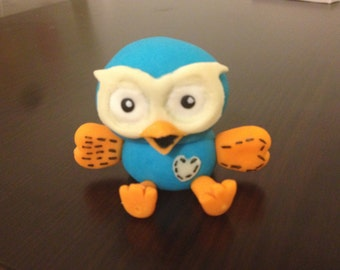 Hoot The Owl - Giggle And Hoot edible fondant cake topper ABC4kids