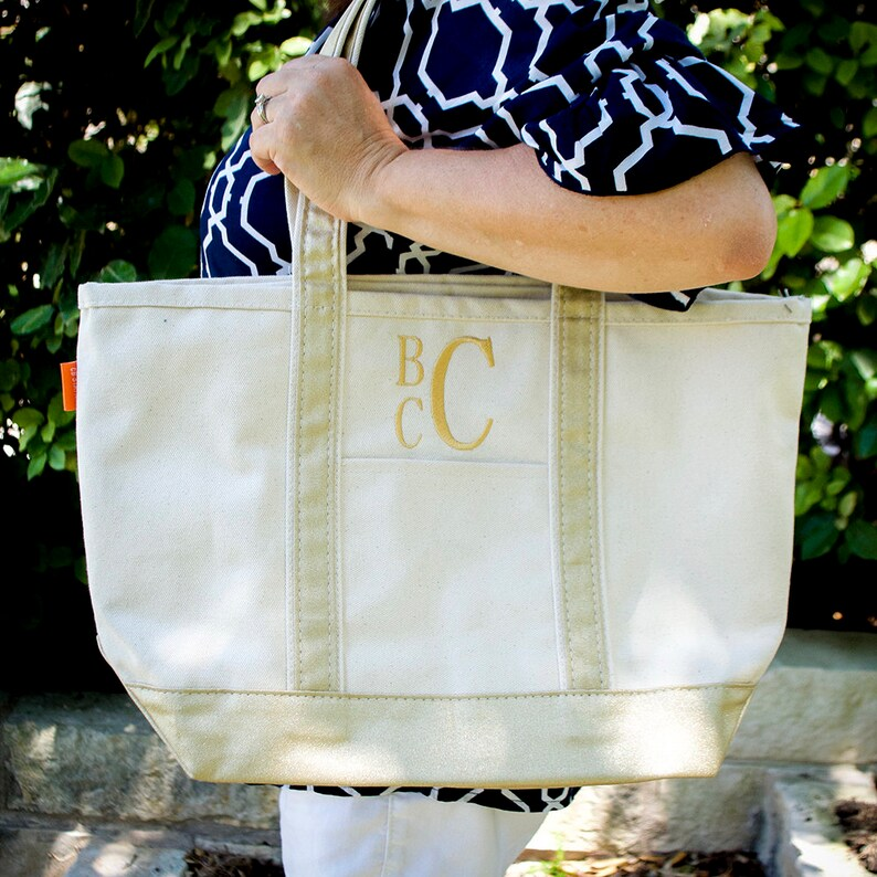 Bridesmaid Gift Birthday Gift Medium Canvas Bag Monogrammed Medium Boat Tote Personlized Boat Tote Great Gifts Canvas Tote