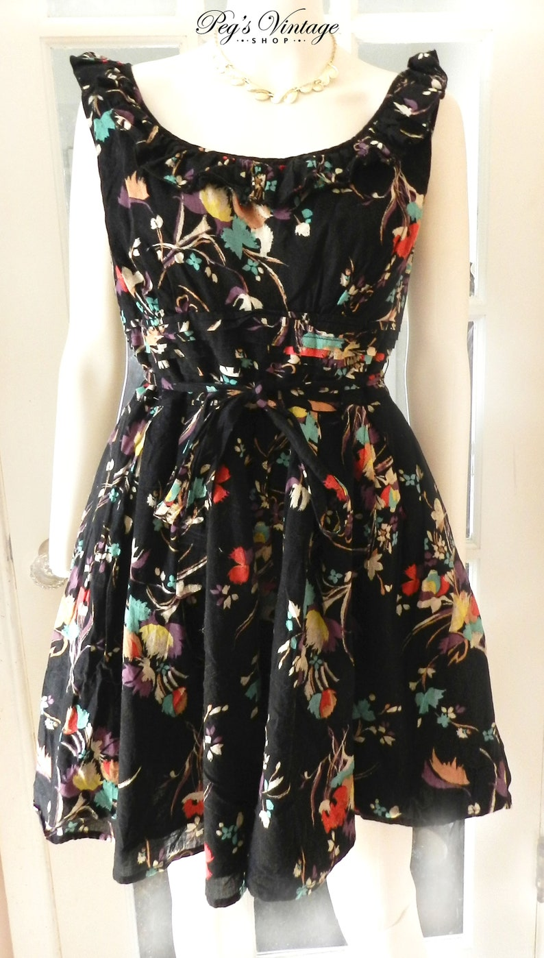 4fbfd6775f Vintage Women s Black Floral Sun Summer Dress Size S   M