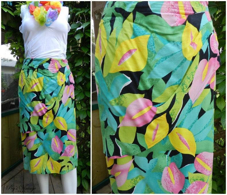 7f3faf0d71 Hawaiian Bright Floral Print Skirt Vintage Flower Summer | Etsy