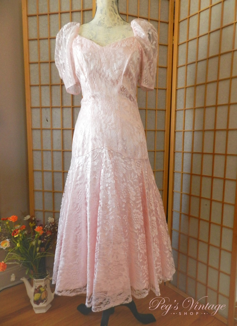 d722a1ae7e9 Nu Mode robe dentelle rose en Satin longue robe de mariée en