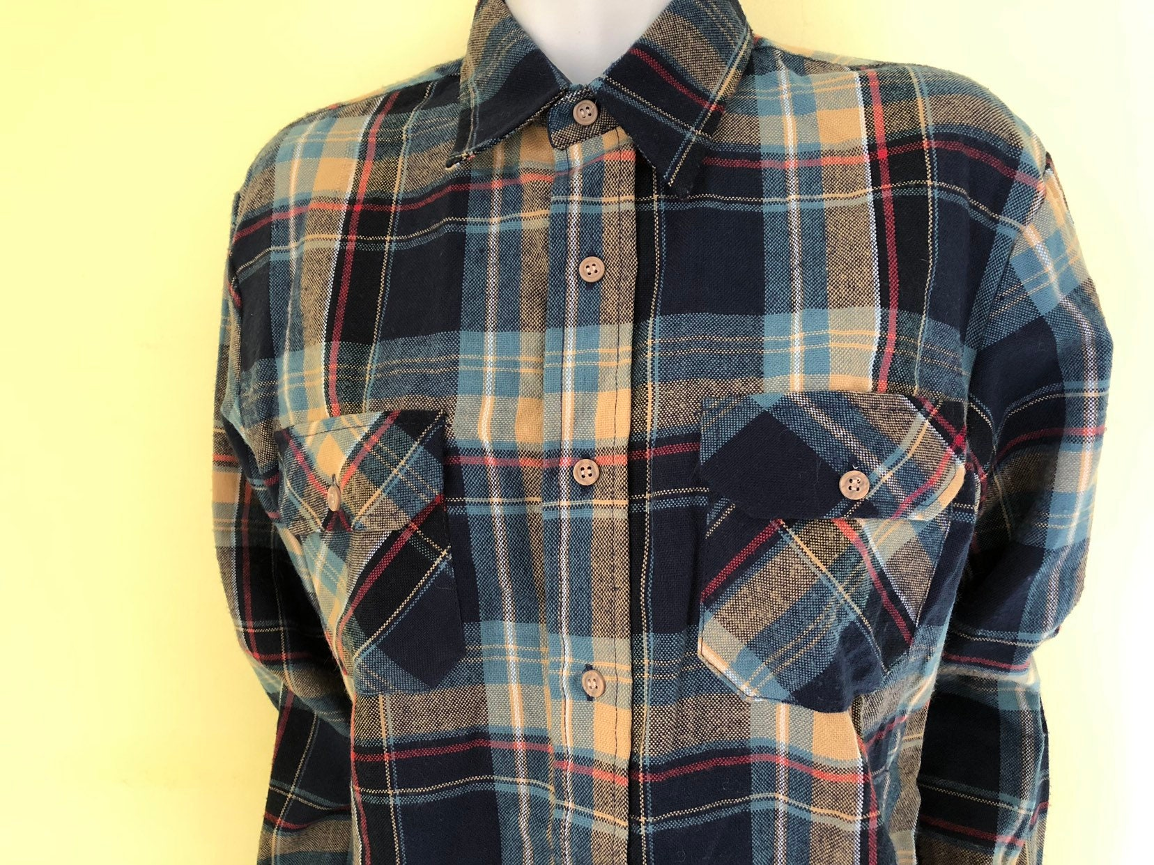 1970s Mens Shirt Styles – Vintage 70s Shirts for Guys 1970s, Sears, Acrylic Plaid, Western, , Oxford Shirt, Mens Size 15-15 12 $0.00 AT vintagedancer.com