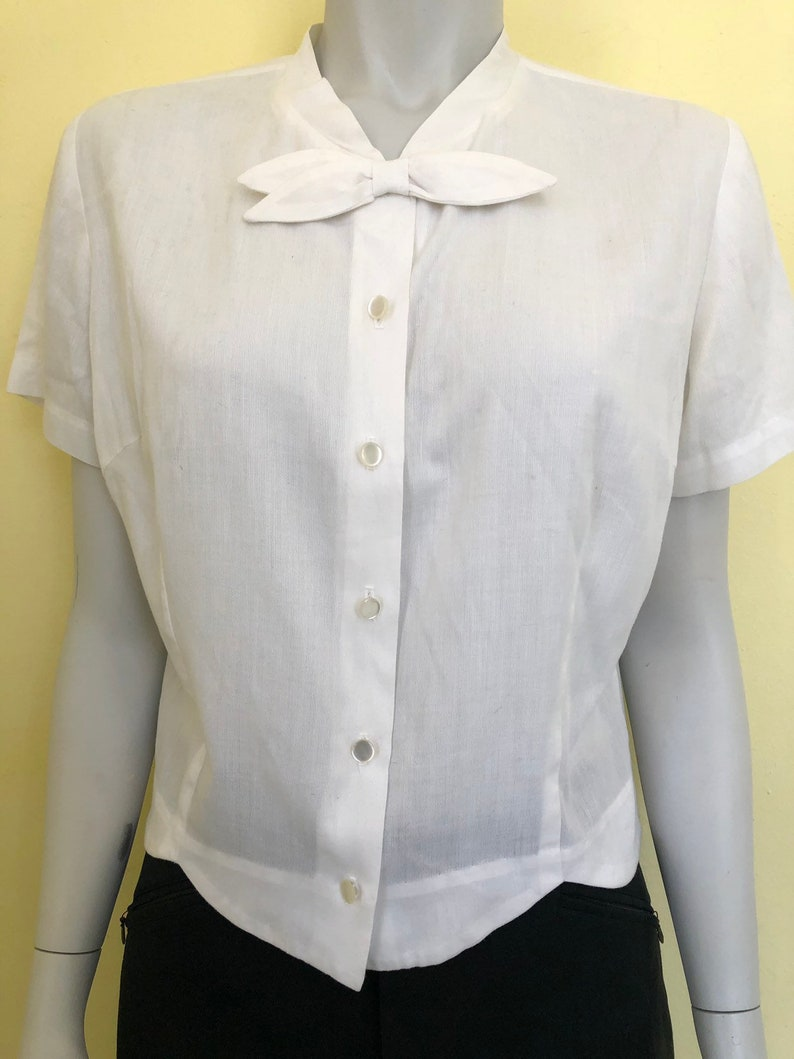 Short Sleeve Jonathan Logan Inc with Bow Tailored Blouse White Cotton size ms Union Made in USA 1950/'s Alice Stuart