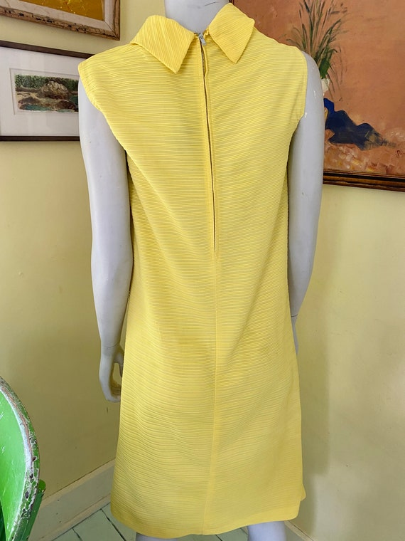 1960's, Ribbed Polyester Knit, Bright Yellow, She… - image 6