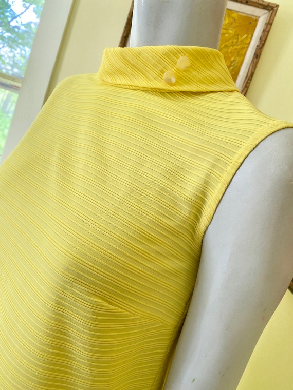 1960's, Ribbed Polyester Knit, Bright Yellow, She… - image 5