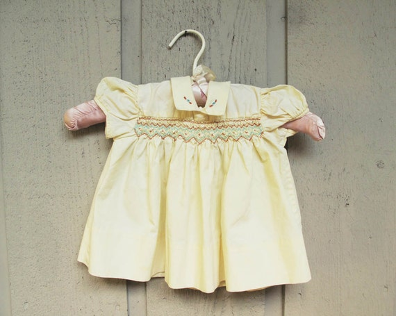 1950s Vintage Baby Yellow Dress Yellow Cotton Smoc