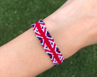 Bracelet British Flag beaded bracelet patriotic geometric Red white blue English jewelry Symbols of England Bead crochet bracelet rope