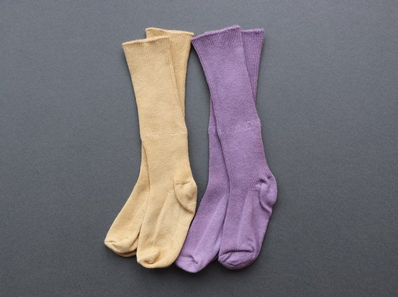 Cotton knee length socks in lilac