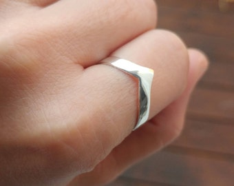 Chevron's ring in sterling silver - silver ring - knuckles ring