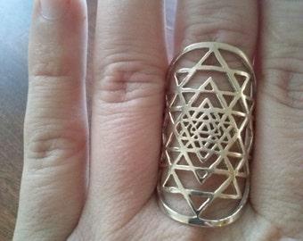 Sri Yantra ring in solid bronze - sacred geometry - Sri Yantra ring