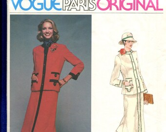 1970's Vogue 1607 Molyneux Classic High Fashion Lady's Jacket & Skirt Size 10 UNCUT