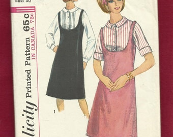 1964 Simplicity 5717 Deep U Shaped Neckline Jumper & Sweet Blouse with Small Collar and Tiny Front Bodice Tucks Size 10 Teen UNCUT