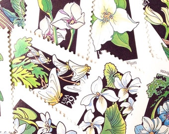 10 Vintage White and Green Floral Stamps // Unused 29 Cent White Wild Flower Postage // Vintage Stamps for Mailing