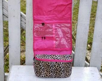 e7dc7586ba42 Cheetah makeup bag