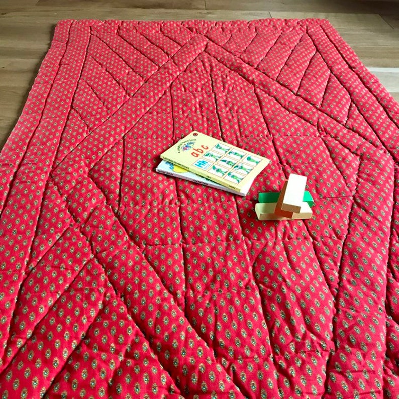 Vintage quilt french edredon baby blanket  play mat cotton image 0