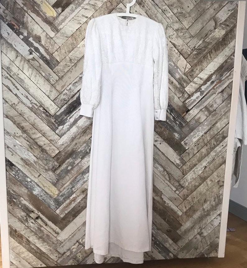 Vintage modest wedding dress 1960s long sleeve wedding dress image 0