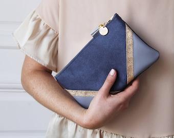 Blue 'CHIARA' pocket.