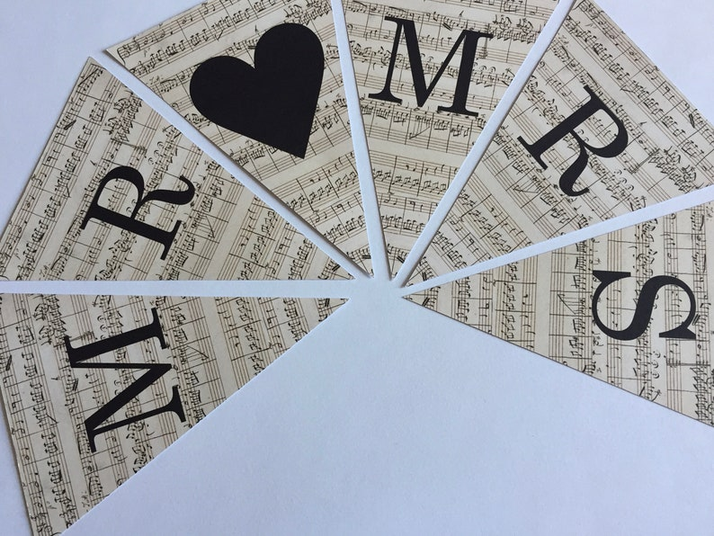 Vintage Music Style Wedding Venue Decorations Bunting Cards Mr Mrs Gifts Love Heart Mini Wooden Pegs Attach Flags To Jute String