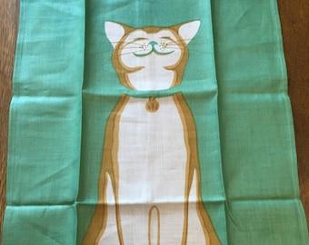 Vintage Novelty Towel, Mary Sarg Print CAT KITTENS Theme, UNUSED Green White Linen