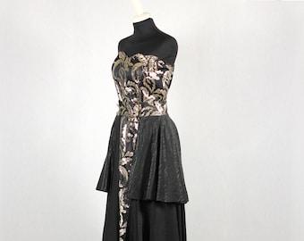 1980s Vintage black sleeveless dress