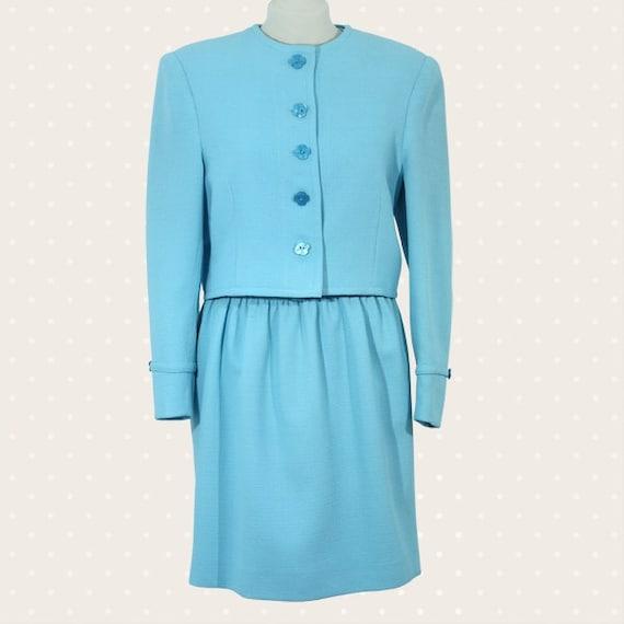 1970s Vintage woman suit