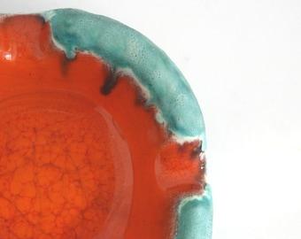 Beautiful Vintage studioPottery Retro Mid Century Modern Lava Orange and Mint Glazed Pottery Ashtray