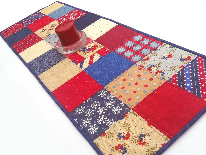 """40 Pcs 5/"""" Squares Red//White//Blue Patriotic Quilting Fabric 100/% Cotton"""