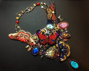 Statement necklace with bead embroidered butterflies and gemstones  - Beaded butterfly necklace - Statement necklace with exotic butterflies