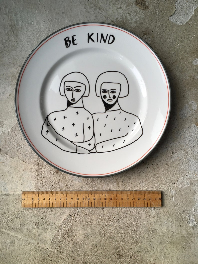Be Kind Plate 28