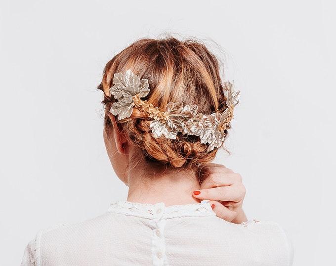Bridal gold hair comb, bridal golden hair comb, golden headpiece, bridal flower comb, bride hair accessory, bridal hair piece