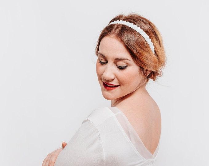 Headpiece bride, wedding headbands, white headband, wedding accessories, bride fascinator, white fascinator, bridal headpiece hat