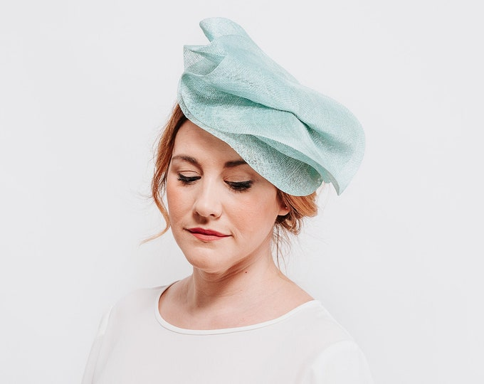 Green tea party hat, mint fascinator, wedding fascinator hat, derby hats women, wedding hat, kentucky derby hat, hats and fascinators
