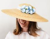 Gighay - Pamela de paja para invitada de boda con detalle de flores azules, sombrero de paja, invitada de boda, sombrero para playa, ciudad