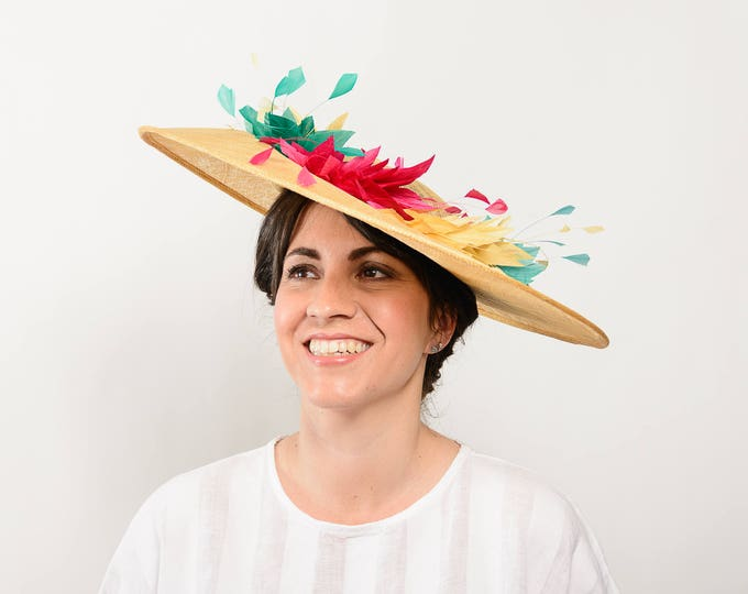 Kentucky derby hat, ascot derby hat, tea party hat, feather derby hat, kentucky races hat, yellow fascinator, Kentucky fascinator hat