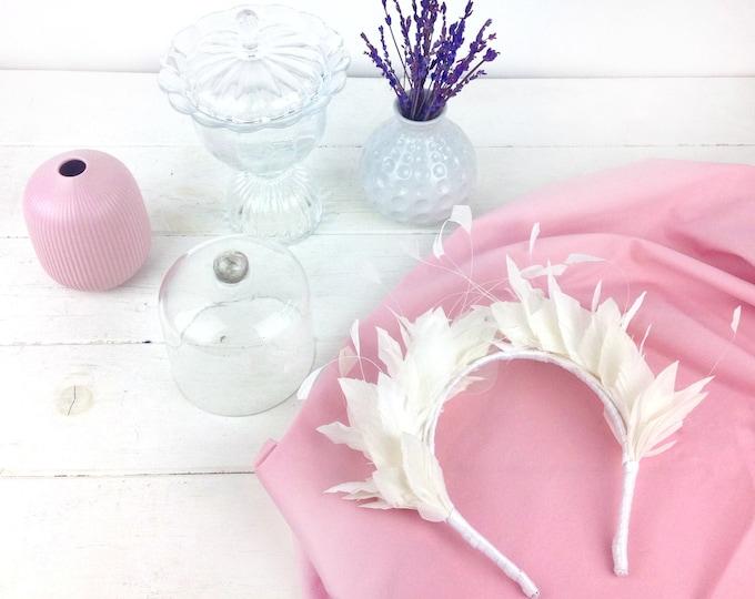 White Feather bridal hair piece, ivory crown, wedding headpiece, boho bridal headband, bridal hairband, bohemian headpiece
