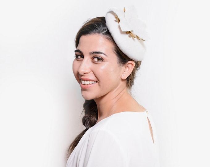 Bridal cocktail hat, bride fascinator, wedding hair piece, white fascinator hat, bride to be, bridal pillbox hat, white pillbox hat