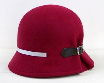 1920s women cloche, 1920s flapper hat, 1920s gatsby hat, 1920s cloche hats, felt cloche hat, winter wool felt hat,  gift christmas wife