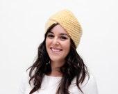 Elspeth - Turbante de lana en color mostaza