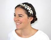 Dolina - Corona floral para novia en color blanco, crudo y perla, corona de cerámica para novia, tiara de flores para novia, corona floral