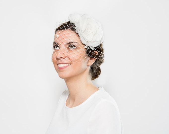 Isla - Bride birdcage veil, White fascinator with veil, bride floral headpiece, white cocktail hat, ivory fascinator veil, bridal headpiece