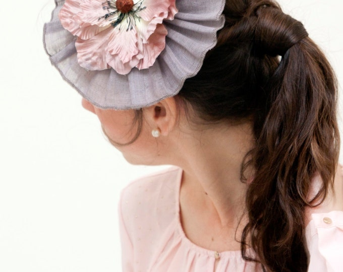 Pink fascinator hat wedding guest grey pink cocktail hat floral headpiece hair accessory hairpiece wedding fascinator derby fascinator
