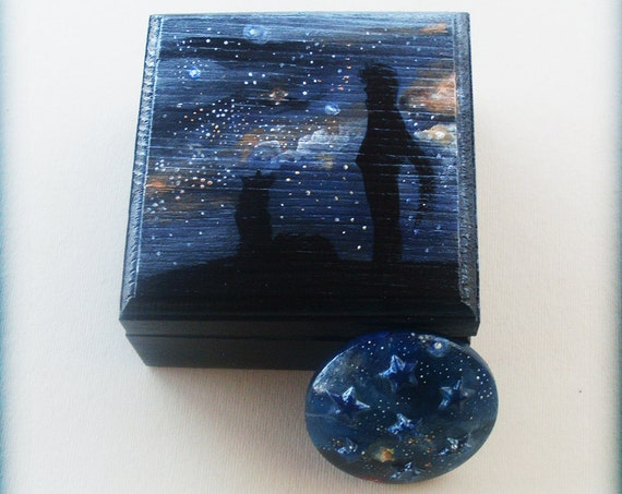 Little Wooden Keepsake Box - Gazing Into The UNIVERSE