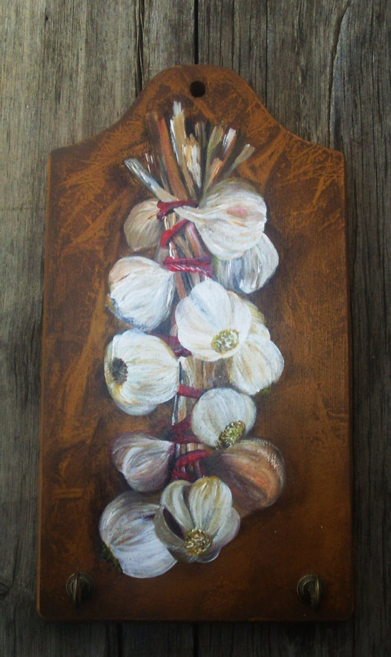 GARLIC BANCH - Wooden Key Holder - Totally Handpainted