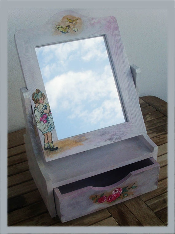 Wooden Keepsake Box, Wooden Box, Wooden Crates, Wooden Storage Boxes, Memory Box, Keepsake Box, Mirror Box, Hug Little Girl With Roses
