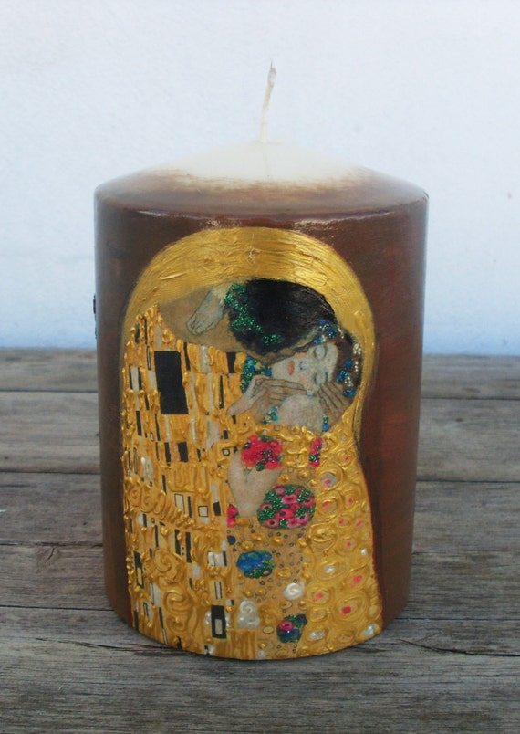 "Candle - Round Pillar Candle - Vanilla Scented Candle - Ecofriendly - Handpainted - ""Kiss"""